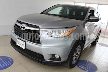 Foto venta Auto usado Toyota Highlander XLE (2015) color Plata precio $310,000