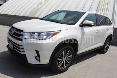 Foto Toyota Highlander XLE usado (2019) color Blanco precio $635,000