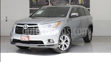 Foto venta Auto usado Toyota Highlander XLE (2015) color Plata precio $385,000