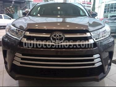Foto venta Auto Seminuevo Toyota Highlander XLE (2018) color Gris precio $611,000