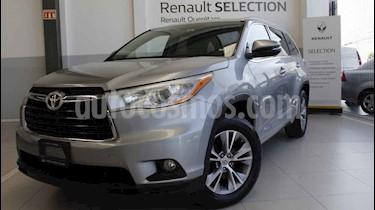Foto venta Auto usado Toyota Highlander XLE (2015) color Plata precio $338,000