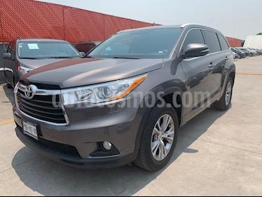 Foto venta Auto usado Toyota Highlander XLE (2015) color Gris precio $415,000