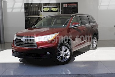 Foto venta Auto usado Toyota Highlander XLE (2015) color Rojo precio $379,000