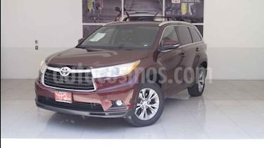Foto venta Auto usado Toyota Highlander XLE (2015) color Rojo precio $378,000