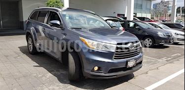 Toyota Highlander XLE usado (2014) color Azul precio $297,000