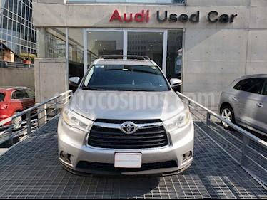 Foto venta Auto usado Toyota Highlander XLE (2015) color Plata precio $345,000