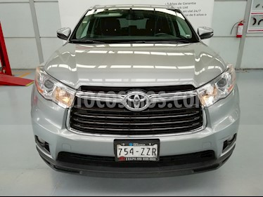 Foto venta Auto Seminuevo Toyota Highlander XLE (2015) color Plata precio $389,000