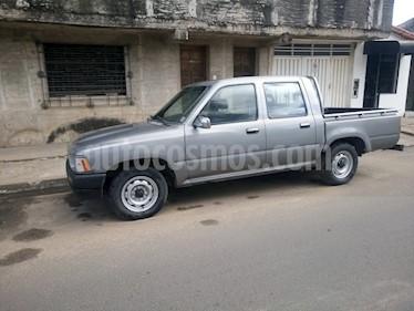 Foto venta Auto Usado Toyota Hilux 2.4 4x2 DC (1995) color Gris