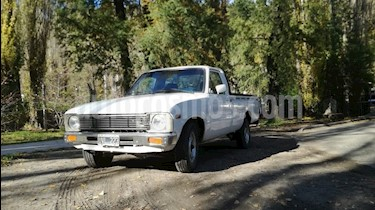 Foto venta Auto usado Toyota Hilux 2.4 4x2 SC (1981) color Blanco precio $250.000