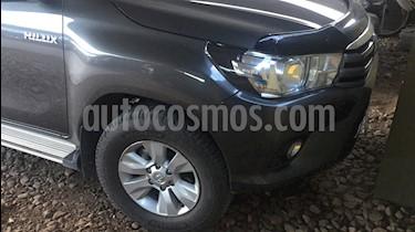 Foto venta Auto usado Toyota Hilux 2.4 4x2 SR TDi DC (2016) color Gris Oscuro precio $1.050.000