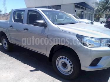 Foto venta Auto Usado Toyota Hilux 2.4 4x2 TDi DC (2019) color Gris Claro precio $1.004.000