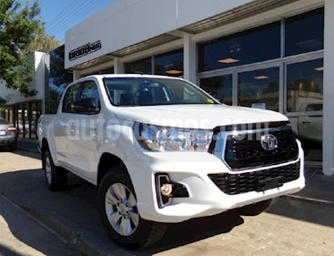 Toyota Hilux 2.4 4x4 DX TDi SC usado (2019) color Blanco precio $1.460.000