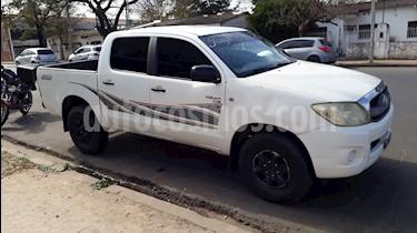 Foto venta Auto usado Toyota Hilux 2.5 4x2 DX DC (2010) color Blanco precio $525.000
