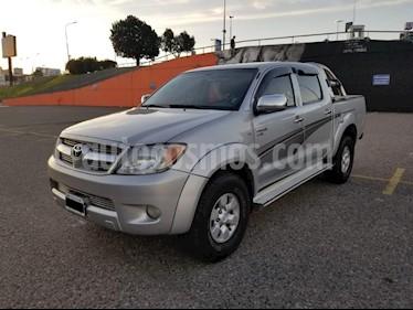 Foto venta Auto usado Toyota Hilux 2.5 4x2 DX DC (2008) color Gris Claro precio $550.000