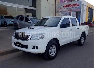 foto Toyota Hilux 2.5 4x4 DX DC usado (2015) color Blanco precio $950.000