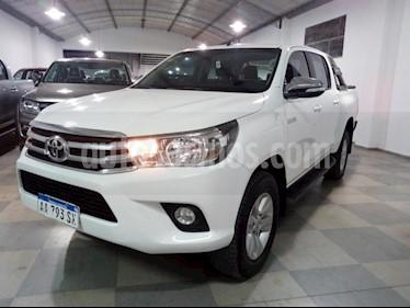 Foto venta Auto usado Toyota Hilux 2.8 4x2 SRV Pack TDi DC (2016) color Blanco precio $1.111.111
