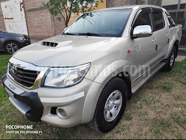 Toyota Hilux 3.0 4x2 SR TDi DC usado (2015) color Beige precio $1.900.000