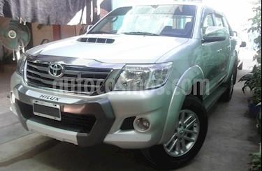 Foto venta Auto usado Toyota Hilux 3.0 4x2 SRV TDi DC Cuero (2013) color Plata precio $950.000