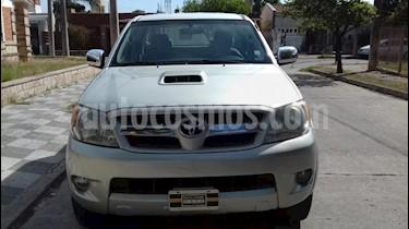 foto Toyota Hilux 3.0 4x2 SRV TDi DC usado (2008) color Blanco precio $890.000