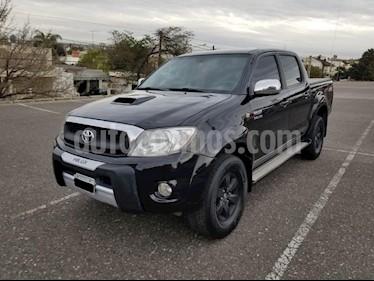 foto Toyota Hilux 3.0 4x2 SRV TDi DC usado (2011) color Negro precio $730.000