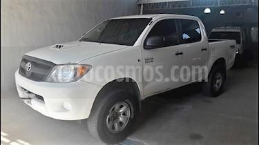Foto venta Auto usado Toyota Hilux 3.0 4x2 STD SC (2006) color Blanco precio $499.000