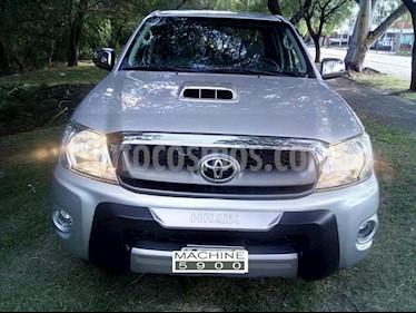 Foto venta Auto usado Toyota Hilux 3.0 4x4 Limited TDi DC Cuero Aut  (2010) color Gris Claro precio $720.000
