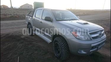 Foto venta Auto usado Toyota Hilux 3.0 4x4 SR DC (2006) color Gris precio $558.000