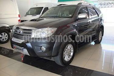 Foto venta Auto usado Toyota Hilux 3.0 4x4 SRV TDi DC Aut (2011) color Gris Oscuro precio $500.000