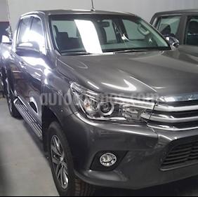 Foto venta Auto usado Toyota Hilux 3.0 4x4 SRV TDi DC Cuero Aut (2018) color Plata Metalico precio $1.300.000