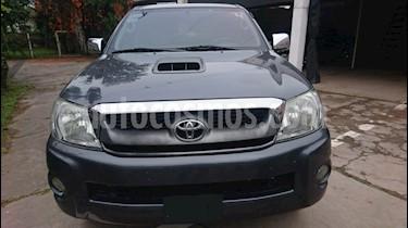 Foto venta Auto usado Toyota Hilux 3.0 4x4 SRV TDi DC Cuero (2011) color Gris Oscuro precio $685.000