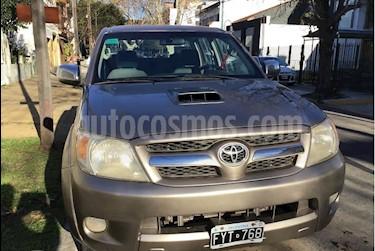 Toyota Hilux 3.0 4x4 SRV TDi DC usado (2007) color Bronce precio $245.000