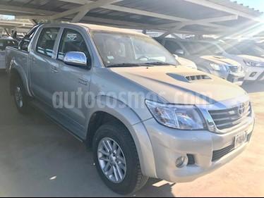 Foto Toyota Hilux 3.0 4x4 SRV TDi DC usado (2012) color Dorado precio $1.125.000