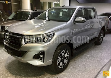 Foto venta carro usado Toyota Hilux 4.0L 4x2 Aut  (2019) color Gris precio BoF588.000.000