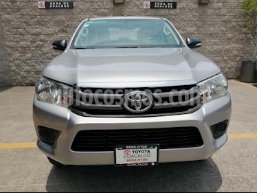 Foto venta Auto usado Toyota Hilux 4p Doble Cabina SR L4/2.7 Man (2017) color Plata precio $318,000
