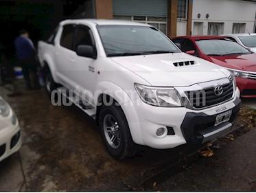 Toyota Hilux 3.0 4x2 SR TDi DC usado (2013) color Blanco precio $1.210.000