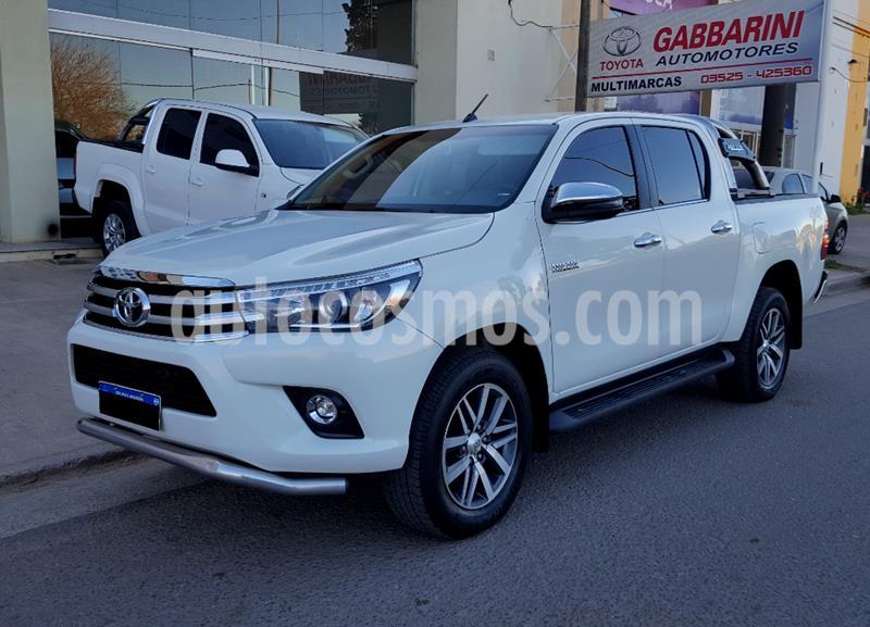 Toyota Hilux 2.8 4x4 SRX TDi DC Aut usado (2018) color Blanco precio $2.950.000