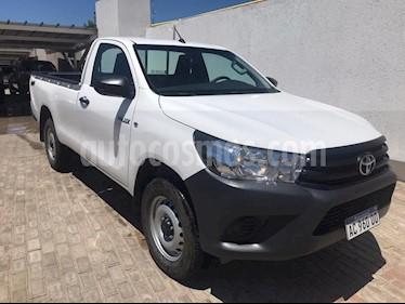 Toyota Hilux 2.4 4x4 DX TDi SC usado (2018) color Blanco precio $1.390.000