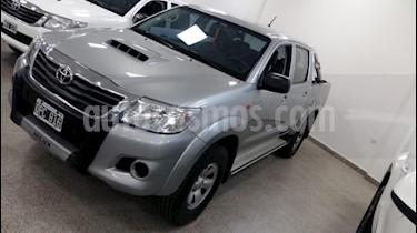 foto Toyota Hilux 3.0 4x2 STD SC usado (2015) color Gris Claro precio $1.450.000