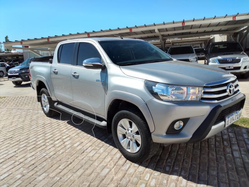 Toyota Hilux 2.8 4x4 SRV TDi DC usado (2017) color Gris Claro precio $3.170.000