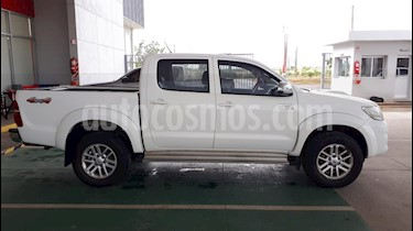 Toyota Hilux 3.0 4x4 SRV TDi DC Cuero usado (2015) color Blanco precio $1.580.000