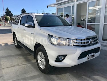 Toyota Hilux 2.8 4x2 SRV Pack TDi DC usado (2016) color Blanco precio $1.930.000