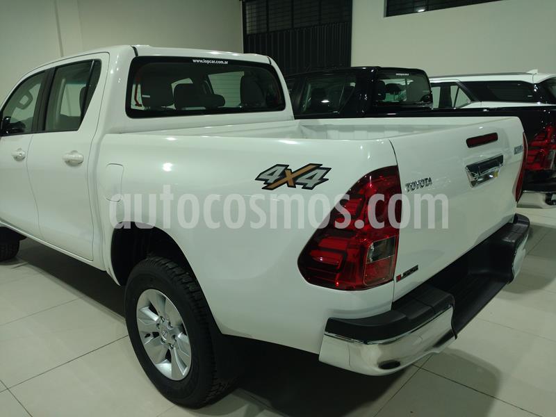 Toyota Hilux 2.8 4x4 SRV TDi DC Aut usado (2019) color Blanco Perla precio $3.700.000