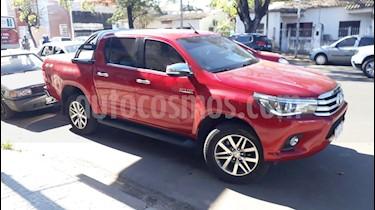 Toyota Hilux 2.8 4x4 SRX TDi DC Aut usado (2017) color Rojo precio $2.350.000