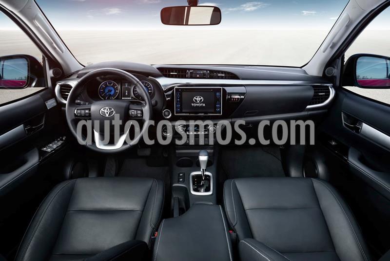 Toyota Hilux 2.4 4x4 SC usado (2017) color Negro precio $198.000