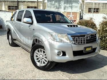 Toyota Hilux 3.0 4x4 SRV TDi DC usado (2012) color Gris Claro precio $870.000