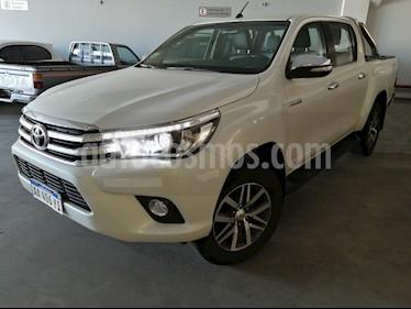 Toyota Hilux 2.8 4x4 SRX TDi DC usado (2016) color Blanco precio $1.890.000