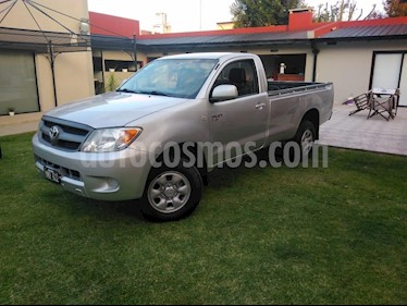 Toyota Hilux 2.5 4x2 DX SC usado (2011) color Gris precio $790.000