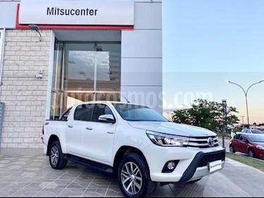 Toyota Hilux 2.8 4x4 SRX TDi DC Aut usado (2015) color Blanco precio $1.690.000