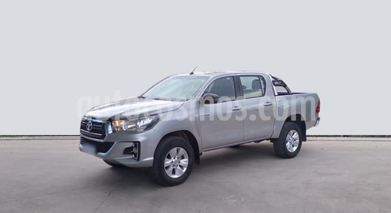 Toyota Hilux 2.4 4x2 SR TDi DC usado (2018) color Gris Claro precio $2.690.000