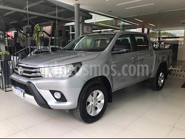Toyota Hilux 2.4 4x2 SR TDi DC usado (2018) color Gris precio $1.520.000